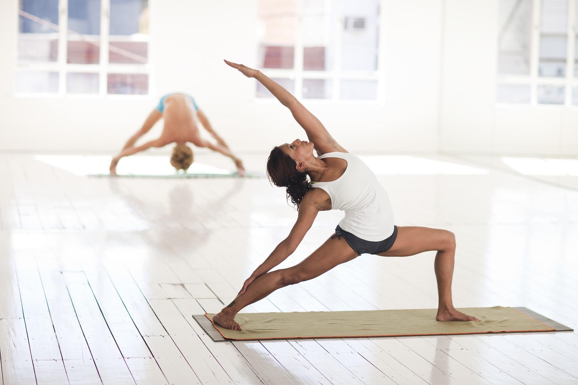 yoga-2959226_1920 (1)